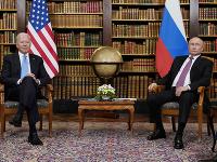 Prezidentov Ruska a USA čakajú dlhé rokovania.