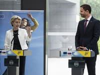 Premiér Heger s predsedníčkou Európskej komisie Ursulou von der Leyenovou.