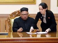 Severokórejský líder Kim Čong-un a jeho sestra Kim Jo-Čong.