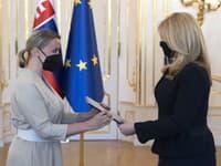 Zuzana Čaputová odovzdala poverovacie listiny trom novým veľvyslancom