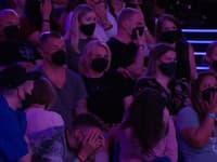 Niektorí diváci sa na vystúpenie nedokázali pozerať.