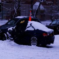 BMW, v ktorom našli neznámeho muža