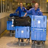 Britskí záchranári sa znechutení vrátili domov