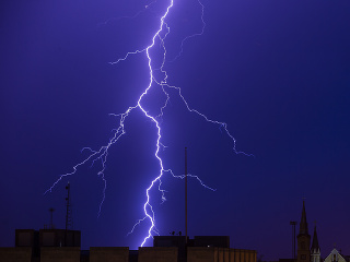 Slovensko trápia búrky, v