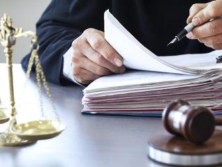 Najvyšší súd koná v