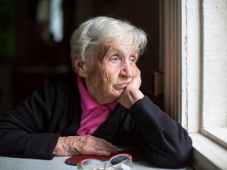 Dôverčivú starenku chceli obrať