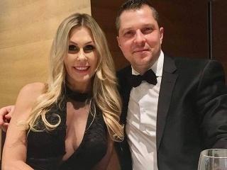 Monika Haklová je zamilovaná do podnikateľa Romana.