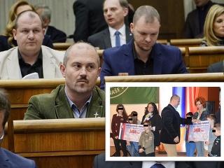 Predseda ĽSNS pred súdom: