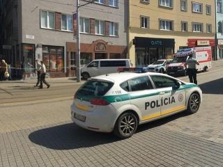 Policajti použili pri zásahu