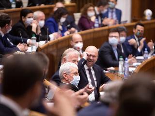 Koaliční poslanci chcú obnoviť