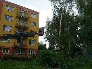 Slovensko zasiahli silné búrky!