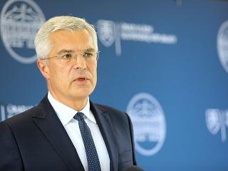 Minister Korčok na zasadnutí