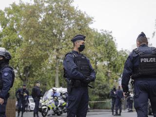 Francúzski policajti na mieste činu