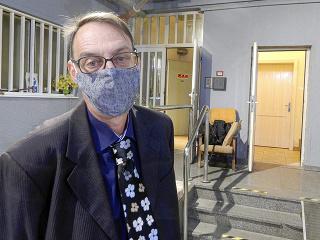 Dobroslavovi Trnkovi disciplinárna komisia