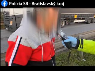 VIDEO Polícia vodičovi kamióna
