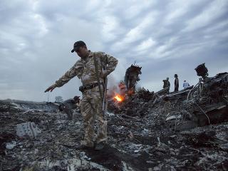 Lietadlo Boeing 777 spoločnosti Malaysia Airlines bolo zostrelené nad Doneckou oblasťou