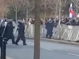 Silvestrovskí policajti, simulant a