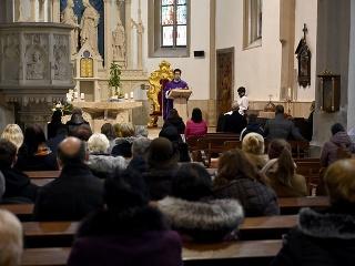 KORONAVÍRUS Účasť na bohoslužbách