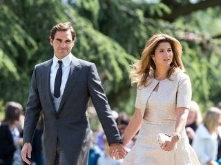 Roger Federer sa rozhodol ako pravý muž. Pred úspechom a peniazmi uprednostnil manželku, našu Slovenku Mirku s deťmi