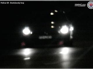 Vodič v Bratislave prekročil