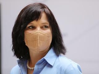 Vicepremiérku Remišovú zaočkovali proti