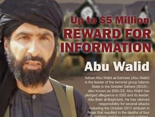 Na nedatovanej snímke vodca džihádistickej skupiny Islamský štát Veľkej Sahary (ISGS) Adnán abú Walíd Sahráví, ktorého zabili francúzske jednotky.