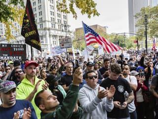 Protestujúci zamestnanci mesta New York