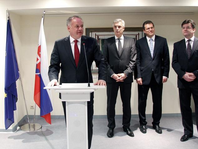 (Zľava) Prezident SR Andrej