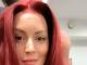 Barbora Švidraňová je červenovláska.