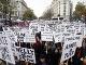V Paríži protestovali proti