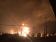 Továreň po výbuchu zasiahli