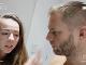 Michal kontroluje Dianine odchody