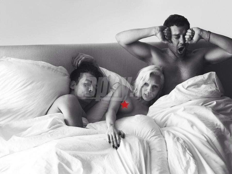 dospievajúce dievčatá spiace nahé babička interracial výstrek