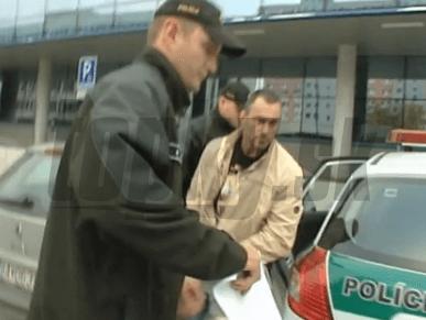 Expolicajt Tiefenbach z kotroverzného videa na súd: O jeho osude začnú rozhodovať o mesiac | Topky.sk