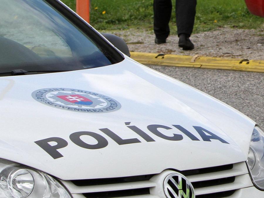 Špecializovaný trestný súd vydal zatykač na ďalších šiestich takáčovcov | Topky.sk