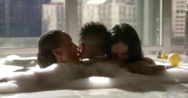 lesbické pár Trojka neked girla