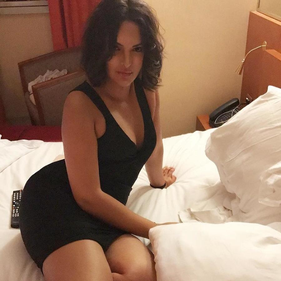 Alvarez Auto Sales >> Mladá Lila (25) ponúka na predaj panenstvo: Má však jednu ...