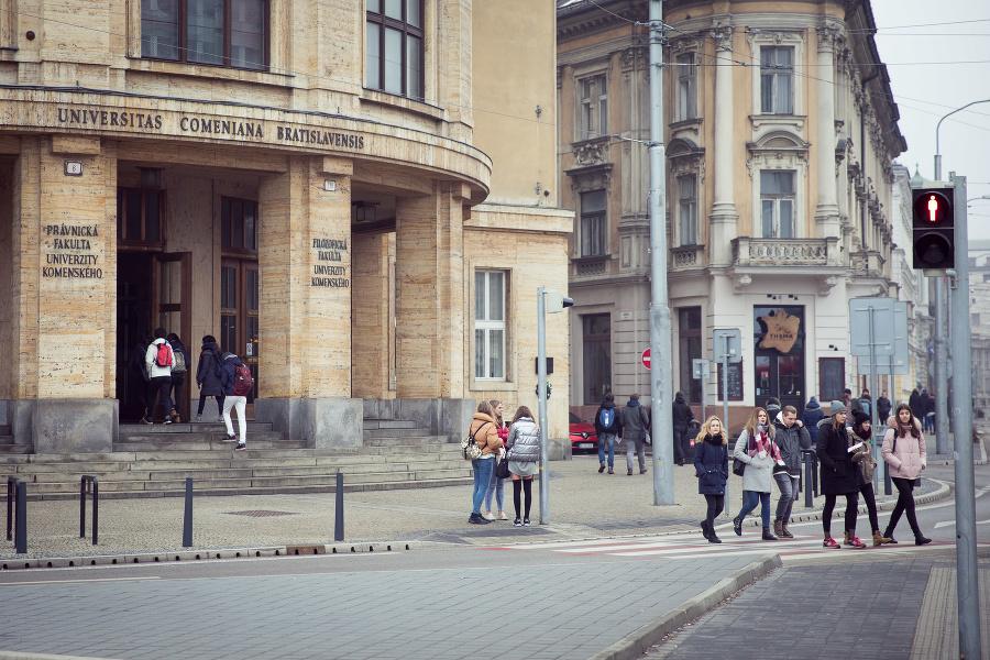 Zmiznutá práca sa nenašla: Na Univerzite Komenského majú však jej oponentský posudok | Topky.sk