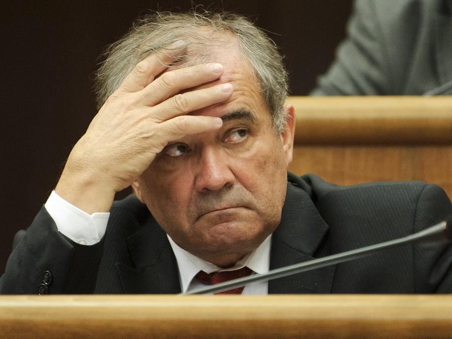 Škandalózny tender za 5 miliónov! Smerák Muňko prihral megazákazku kontroverznému Bödörovi | Topky.sk