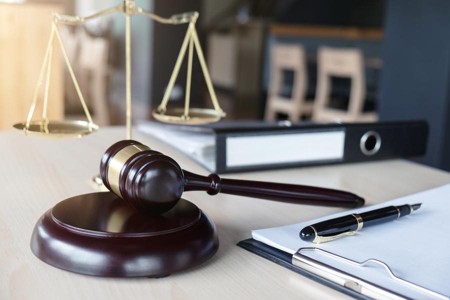Kauza nástenkový tender: Špecializovaný trestný súd rozhodol o treste obžalovanej | Topky.sk