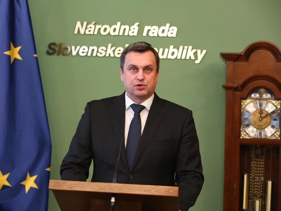 Komisia UMB rozhodla o Dankovej rigoróznej práci: Nekompromisný verdikt! | Topky.sk