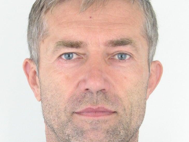 MIMORIADNE Bývalý príslušník SIS Ľuboš Kosík, ktorého uniesli v Mali, žije   Topky.sk
