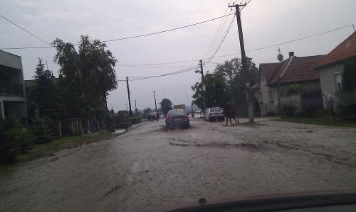 Záplavy v Doľanoch