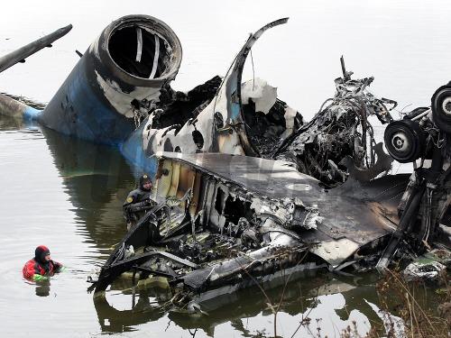 Pád lietadla prežil iba