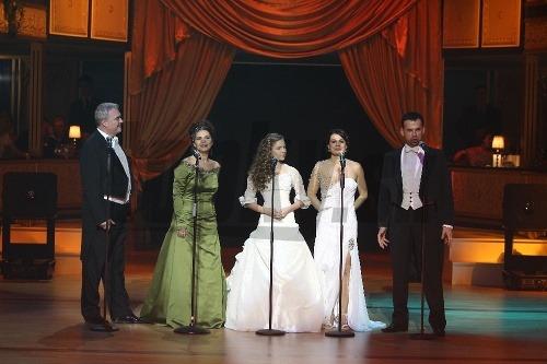 Vystúpenie operných spevákov.