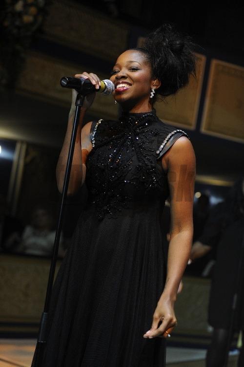 Speváčka Jamelia samozrejme hosťom