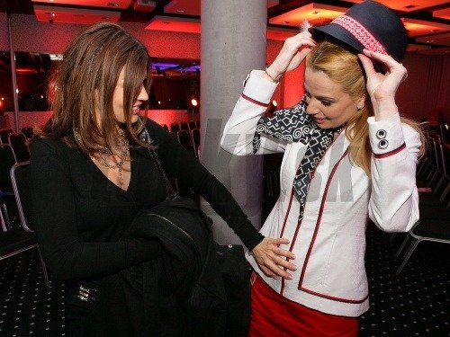 Marianna Ďurianová (vpravo) so