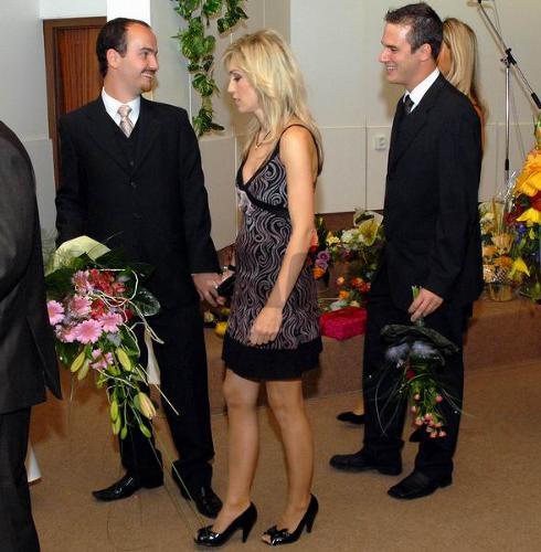 Medzi gratulantmi nechýbali ani bratia Timkovci s partnerkami.