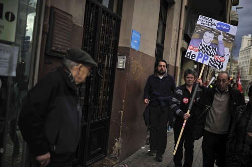 Tisíce Španielov protestovalo proti