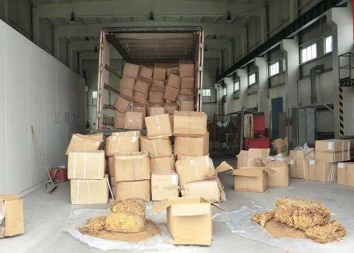 Kamióny podrobia úplnej vnútornej